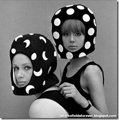 Andre_Courreges-hats