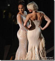 J Lo & Cameron Diaz Oscars 2012