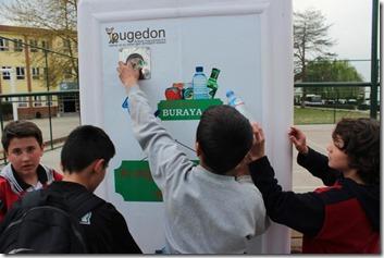 Pugedon vending-machine