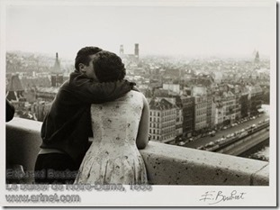 Edouard Boubat - Le baiser de Notre-Dame