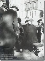 Edouard Boubat - Vieux monsieurs assis sur un banc
