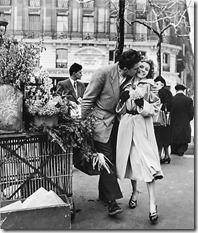 Robert Doisneau - Amoureux aux Poireaux, Paris, 1950