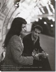Robert Doisneau - Le muguet du Metro