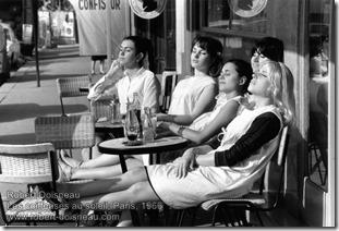 Robert Doisneau - Les coiffeuses au soleil