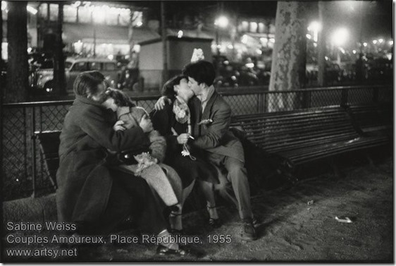 Sabine Weiss - Couples Amoureux-1