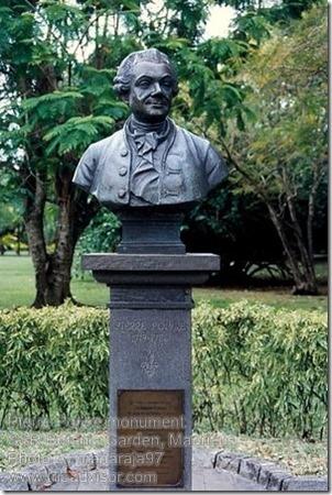 Pierre Poivre monument