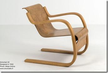 Alvar Aalto. Armchair 42